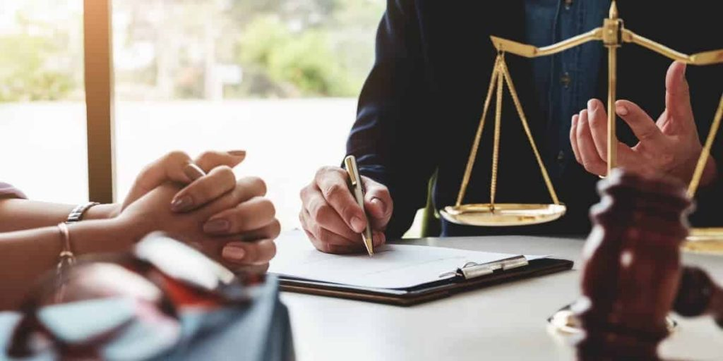 Office lawyers: new rules in force